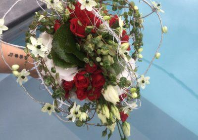 Bouquet de marié structure coeur